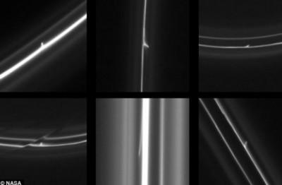 토성 고리를 뚫고 지나가며 아수라장으로 만든 수많은 물체가 카시니 카메라에 포착됐다. - NASA 제공